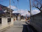茶臼山へ続く道より